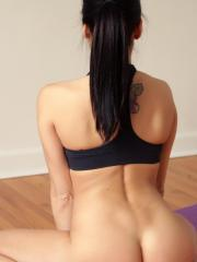 Stunning hottie Andi Land gets hot while she does her yoga