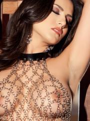 Brunette beauty Sunny Leone spreads her pussy for you
