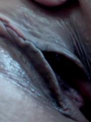 Briana Lee gives some extreme close-ups of her masturbating