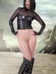 Cosplay hottie Marylin will defeat the zombies