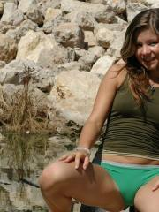Pictures of hot amateur teen Emily 18 showing her tight ass on a beach