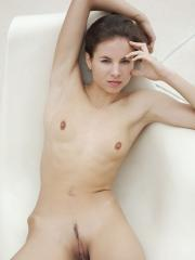 Stunning girl Altea B spreads her legs for you in Chaise
