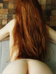 Natural redhead Jia Lissa offers you her beautiful nude body