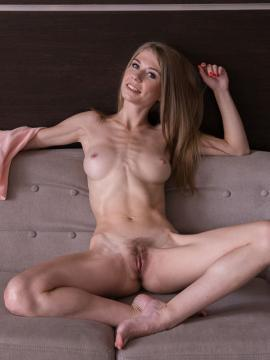 Femjoy's Eva Gold in Sweet Thing