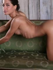 Pictures of gorgeous girl Laila totally nude just for you