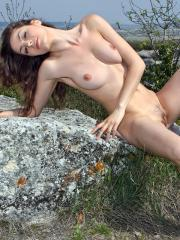 Pictures of hot Femjoy model Vani L showing her sexy body outside
