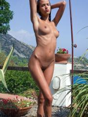 Pictures of Simona inviting you to take an outdoor shower with her