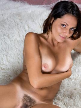 Femjoy's Chiara in Magic Carpet