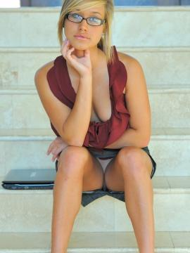 Pictures of blonde teen Kennedy being the hot teen secretary