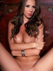 Pitures of Lizzie Ryan exposing her hot curvy body just for you