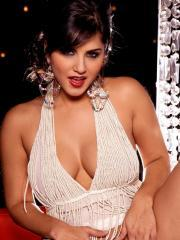 Pictures of Sunny Leone glammed up and ready for you