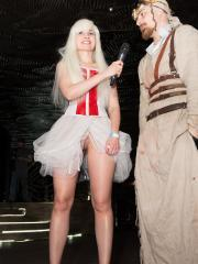 Jeny Smith flashes her pussy at a cosplay event