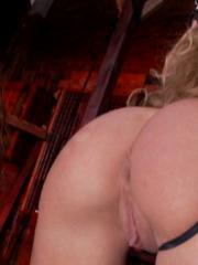 Amy Brooke and Kagney Linn Karter tie each other up and get off