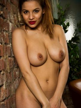 Lacey Banghard Online 9