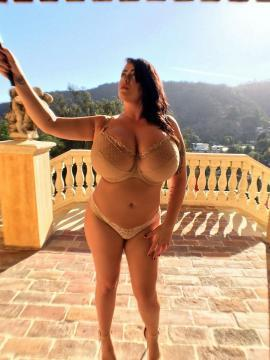 Leanne Crow has some fun with a selfie-stick