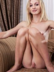 """Blonde beauty Leona Honey shows you her hot body in """"Paradi"""""""
