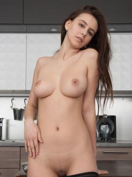 "Alisa Amore strips nude in kitchen in ""Ridetra"""