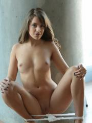 Hot amateur Kimmy Granger fingers her tight wet pussy