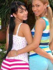 Tania Spice and Isabella are more then friends while they kiss and make each other cum