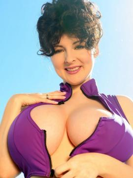 Busty babe Lorna Morgan shows you her gigantic boobs