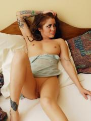 Tattooed babe Jeska Vardinski shows off her perfect body while sleeping in a skimpy nighty