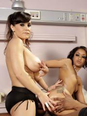 Lisa Ann and Skin Diamond team up for a hot threesome