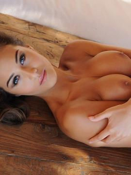 Chloe Goodman strips out of her lingerie