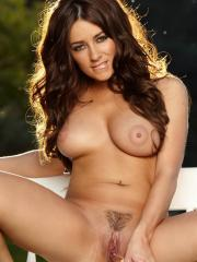 Taylor Vixen pulls out her handy dildo and penetrates her spot